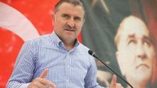 'Yeni yurtlar yapmaya devam ediyoruz'