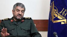 İran Devrim Muhafızları Komutanı: Macron çok genç ve tecrübesiz