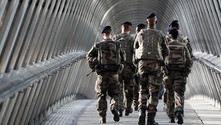 Mali'de 2 Fransız askeri öldü