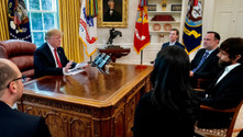 Twitter'ı eleştiren Trump, şirketin CEO'su Dorsey ile görüştü