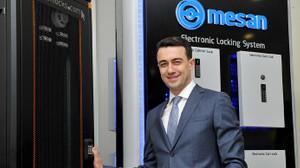 İngiliz telekomünikasyon devine Türk kilidi