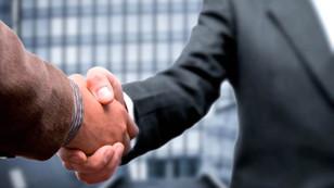 Satışçılar adil prim istiyor