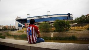 Atletico Madrid, Vicente Calderon'a veda etti