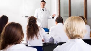 Özel hastaneler eğitim-araştırma hastanesi gibi eğitim verebilecek