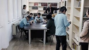 DÜNYA'dan 100 okula mini kütüphane