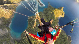 Babadağ'dan paraşütle 35 bin uçuş