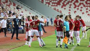 Sivasspor, yenilmezlik serisini 16 maça çıkardı