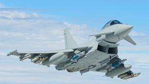 Katar, İngiltere'den savaş uçağı alıyor