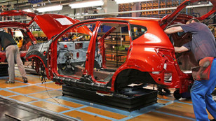 Toplam otomotiv pazarı yüzde 16 geriledi