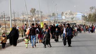 Musul'da yaklaşık 435 bin kişi yerinden oldu