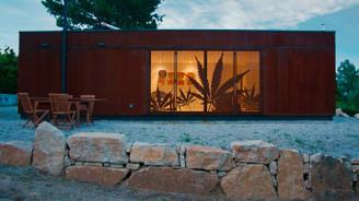 Minimal bir yaşam için 8 küçük ev modeli