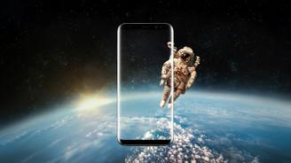 Sonsuz ekranlı S8 tanıtımı