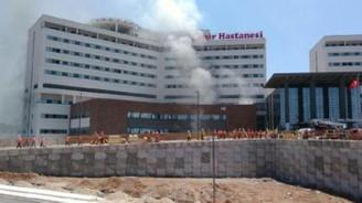 Adana şehir hastanesinde yangın