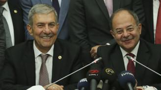 Recep Akdağ görevini  Ahmet Demircan'a devretti