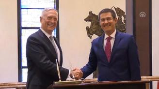 Milli Savunma Bakanı Canikli, ABD'li mevkidaşı Mattis ile görüştü