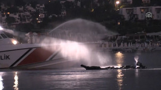 Bodrum'da sürat teknesi yandı
