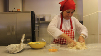 9 lirayla geldiği İstanbul'da iş kadını oldu