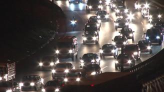Tatilcilerin dönüş trafiği