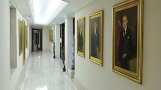 Cumhurbaşkanlarının yağlı boya tabloları Köşk'te