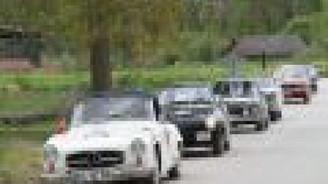 Klasik otomobiller yarıştı