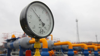 Rusya 3 ay daha Ukrayna'ya gaz verecek
