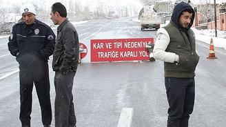 Erzincan-Gümüşhane karayolu ulaşıma kapatıldı