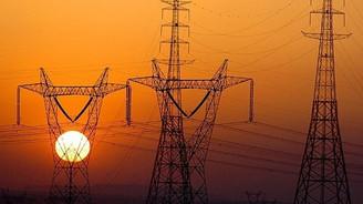 """Elektrik tüketicilerine """"standart"""" avantajı"""