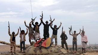 Yemen'deki savaşta kim kiminle çarpışıyor?