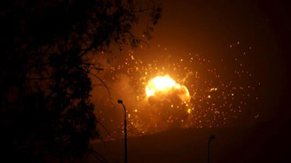 Yemen'de mülteci kampı vuruldu: 40 ölü