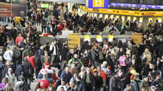 Grev 70 binden fazla yolcuyu mağdur etti