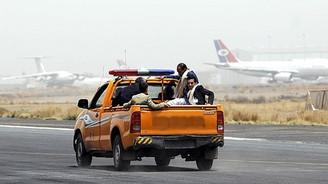 El-Kaide o havaalanını ele geçirdi