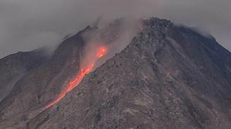 Calbuco yanardağı faaliyete geçti