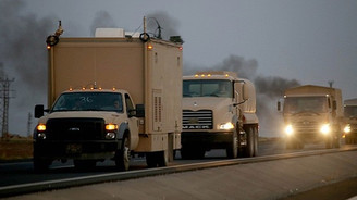 Kobani'deki peşmerge konvoyu Türkiye'ye geçti