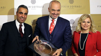 Arnavutluk'tan, Türk işadamlarına açık çek!