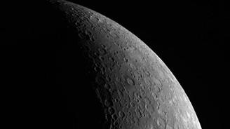 NASA uzay aracı Merkür'e çakıldı