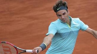 Roger Federer 10. kez finalde