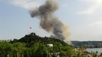 Erdemir'de korkutan patlama: 3 işçi yaralandı
