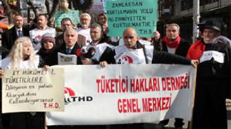 Başkentte akayakıt  zamlarına protesto