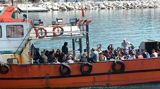 Ege Denizi'nde 113 kaçak göçmen yakalandı