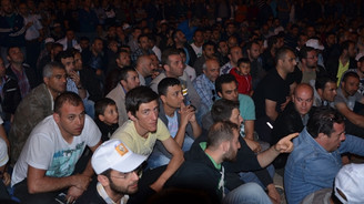 Otomotiv işçilerinin eylemi devam ediyor