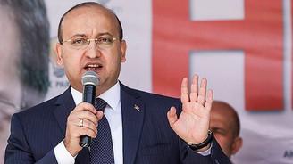 Akdoğan, HDP'ye twitterdan yüklendi