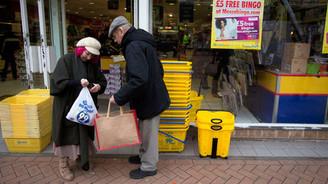 İngiltere deflasyondan çıktı