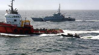 1,2 ton uyuşturucuyla denize çakıldı