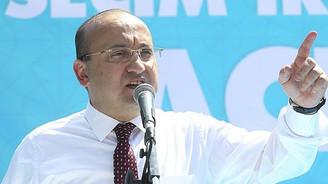 Akdoğan: Yüzyılın projesi, yüzyılın palavrası