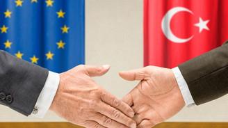 Partiler, Avrupa Birliği hedefinden vazgeçmedi