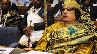 Kaddafi kaçtı