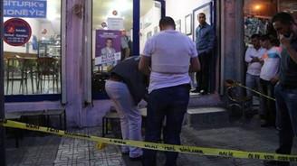 Kahvehaneye pompalıyla ateş edildi: 3 yaralı