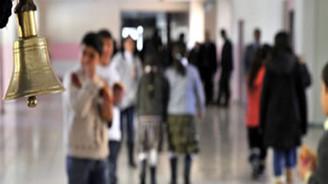 17.6 milyon öğrenci karne alıyor