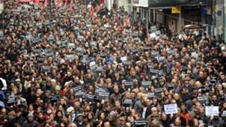 """""""AKP elini medyadan çek"""""""