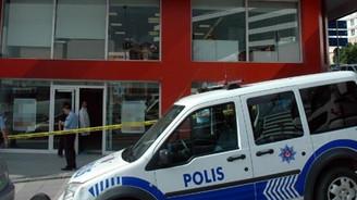Bağcılar'da pompalıyla banka soygunu